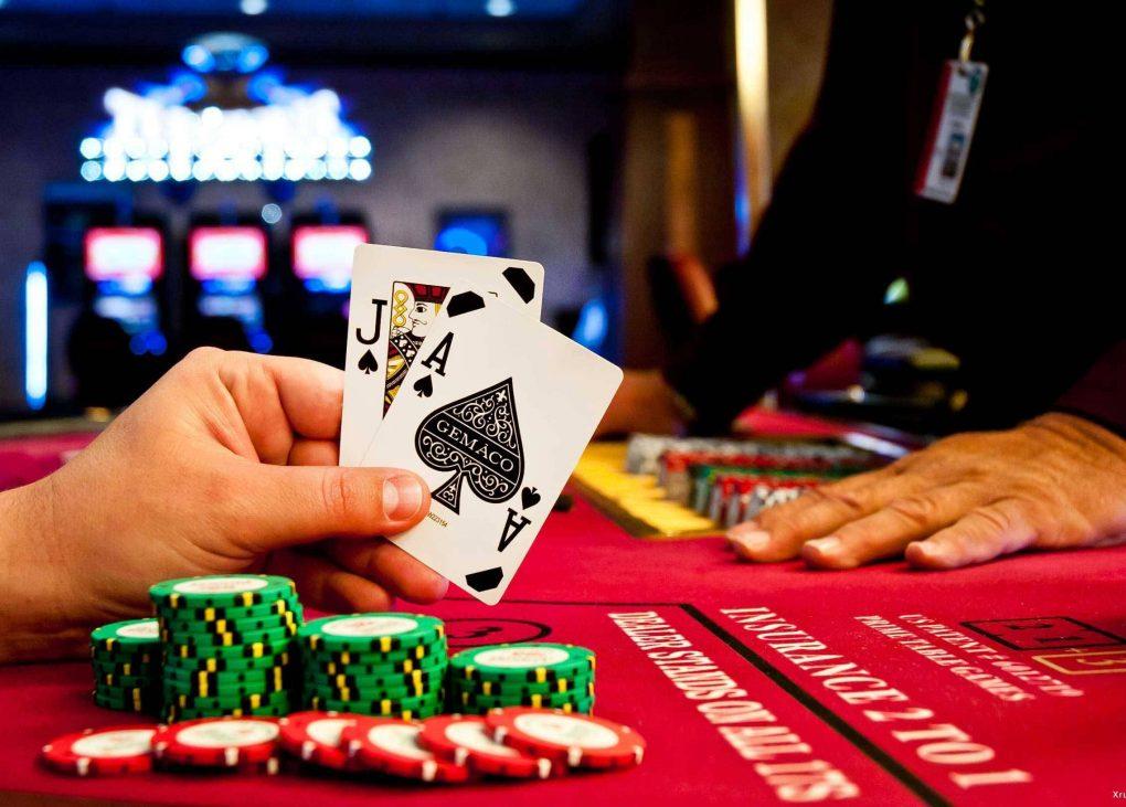 Why Live Blackjack's Bet Behind Is a Senseless Feature - Wouter Kellerman